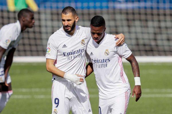 Benzema enjoys playing alongside Vinicius Junior